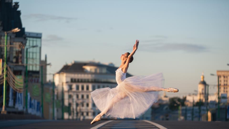 балерина танцьорка танц