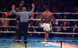 Неправилно решение, съдията развали мача - вашето мнение след Джошуа - Такам