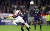 Лион разби Евертън, настигна Аталанта, гледа към плейофите