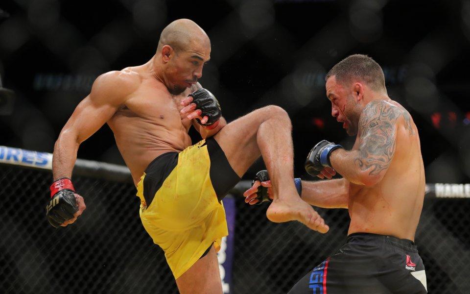 Макс Холоуей срещу Жозе Алдо II в UFC 218