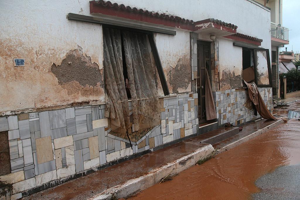 Седмина загинаха след тежките наводнения в Гърция