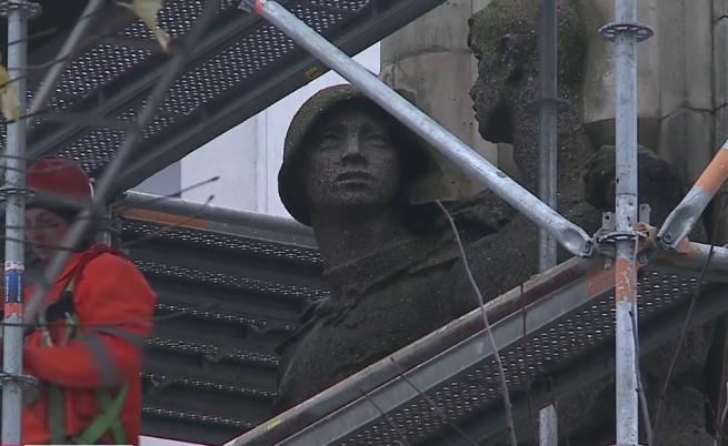 Полша разрушава Паметника на съветската армия в Шчечин