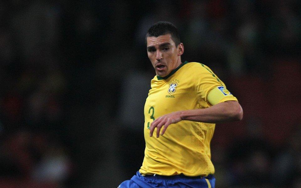 Бившият бразилски защитник на Интер Лусио коментира тежката финансовав клуба,