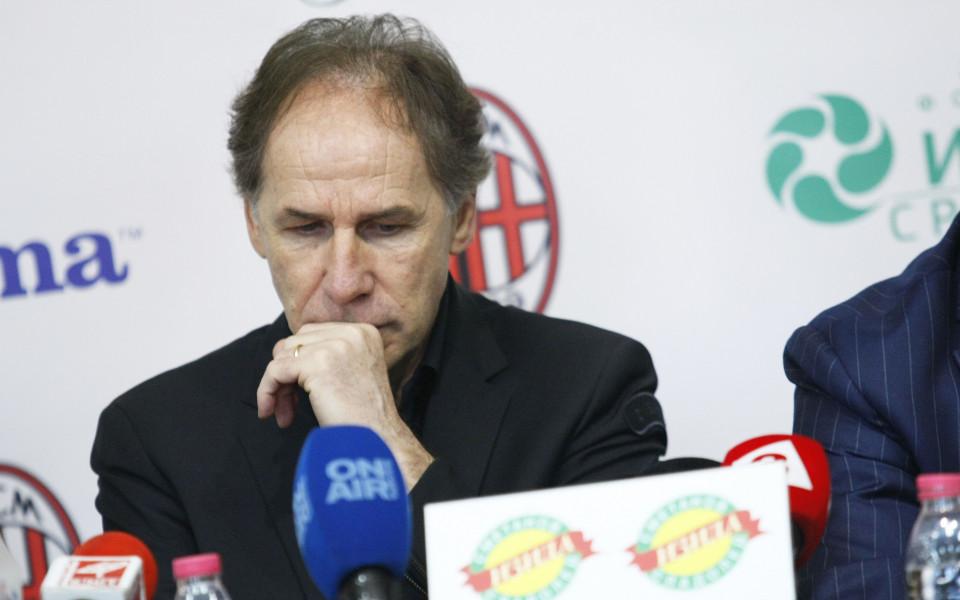 Легендата Барези подписа договора между Милан и Локо Сф
