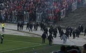 Двама от ЦСКА пострадали в сблъсъците между феновете