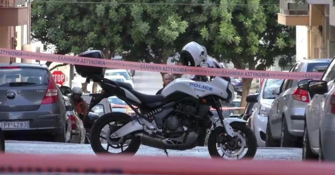 Полицията в Атина намери бомбено оборудване и детонатори по време