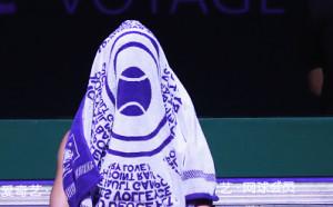 Секси топ-тенисистка лъсна по евино облекло в XXL