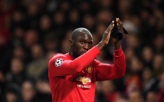 Манчестър Юнайтед победи Хъдърсфийлд с 2:0 в осминафинал в турнира