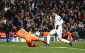 Дортмунд взе квотата за ЛЕ, макар да падна зрелищно в Мадрид