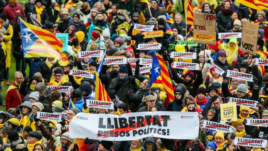 Хиляди на протест в Брюксел