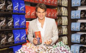Федерер продължава сладко партньорство, ще заработи над 20 милиона