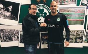 Ники Михайлов официално с нов отбор