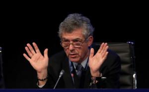 ФИФА плаши Испания с изключване от Мондиала