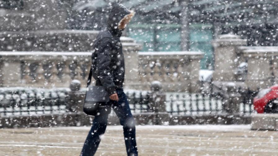 Къде вали сняг и има ли затворени пътища
