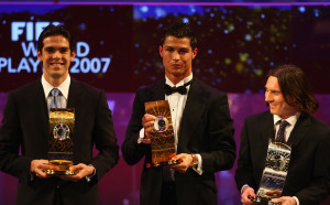 Когато за последно №1 във футбола бе друг, а не Меси и Роналдо
