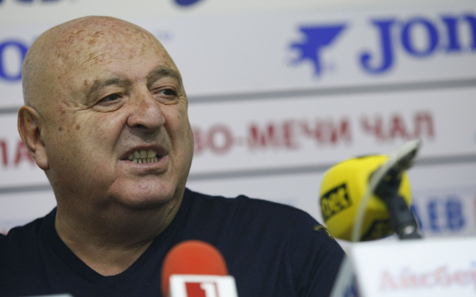 Президентът на Славия - Венци Стефанов, обяви пред Gong.bg подробности