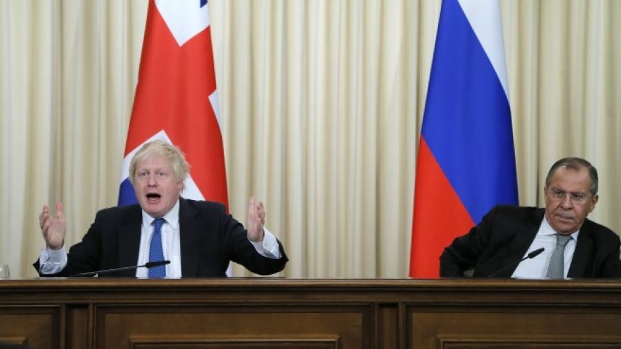 Момент от пресконференцията на Борис Джонсън и Сергей Лавров