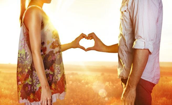 - В началото на връзката всичко е ново и вълнуващо. Тя гледа на мъжа със страст и често неразумно голямо интуитивно доверие и любопитство към всеки...