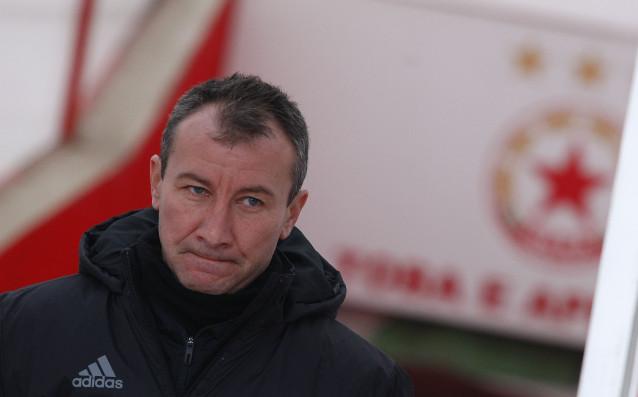 Белчев: Празни обещания не давам, ЦСКА гони дубъл