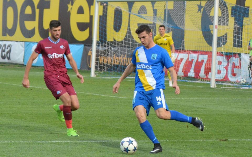 Илиан Илиев взе юноша на ЦСКА в Черно море