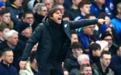 Конте обвини Арсенал за равенството на Челси с Лестър