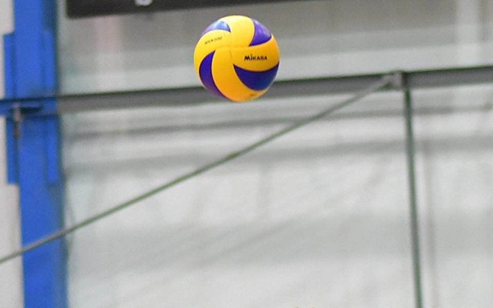 Забъркаха бг-волейболист с допинг, той отрече