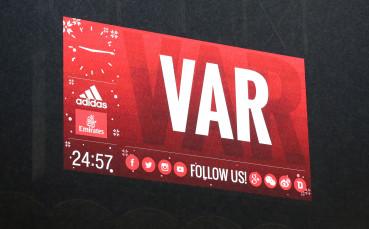 УЕФА въвежда ВАР в Шампионска лига още през този сезон