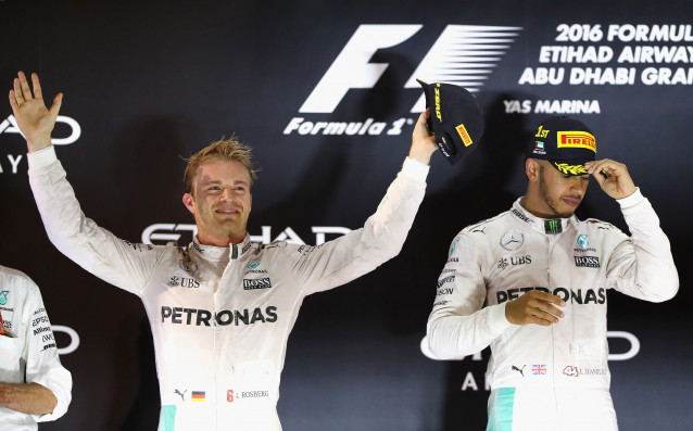 Оттеглилият се пилот от Формула 1 и световен шампион за