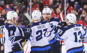 Уинипег записа 6-а поредна победа у дома в НХЛ