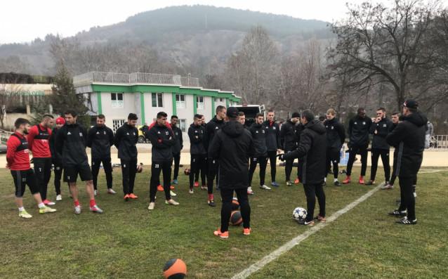 Старши треньорът на ЦСКА Стамен Белчев определи група от 23