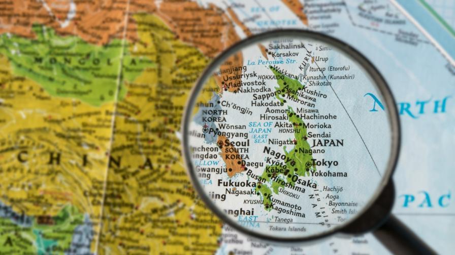 Вулкан и лавина убиха човек в ски курорт в Япония