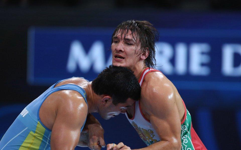 Даниел Александров на финал в Иран
