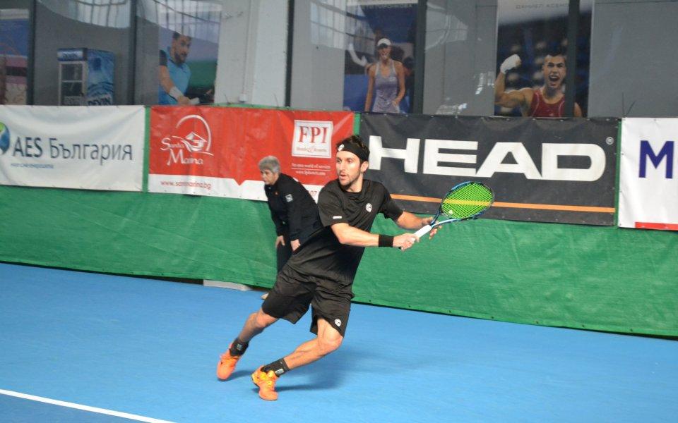 Васко Младенов стигна четвъртфинал в Табарка