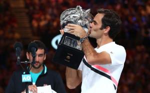 Фенове сеят смут: Федерер се отказва! Маестрото успокоява