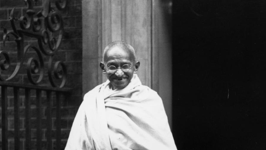 Ганди на посещение в Лондон.
