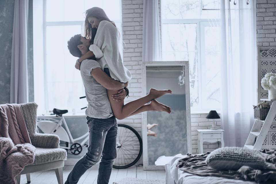 двойка любов обич