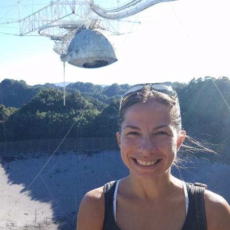 """Българката д-р Маргарита Маринова от 2017 г. е старши в компанията на Илон Мъск за космически технологии Space X.  Авиационният инженер е и част от екипа, който разработи най-мощната ракета на """"Спейс екс"""" (Space X) - """"Фалкон хеви"""" (Falcon Heavy).  Българката е била и планетарен учен в американската космическа агенция НАСА. През 2013 г. д-р Маринова се присъединява към компанията """"Спейс екс"""".  Сред най-значимите си постижения на разработваните от нея ракети 5 успешни приземявания на първи степени и 4 успешни изстрелвания на ракетата носител Falcon 9. Екипът ѝ успешно изстрелва и първия български частен телекомуникационен сателит BulgariaSat-1 на 23 юни 2017 г.  Маргарита Маринова е родена в София в семейство на компютърни инженери. Когато е на 10 г. заминават за година във Виена, а след това заживяват в Канада"""