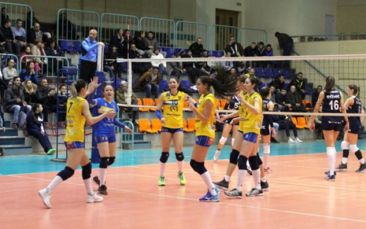 Марица си гарантира медал след успех над Левски