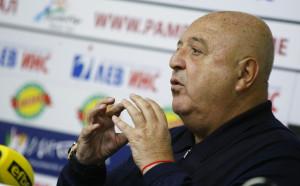Венци Стефанов срина целия национален отбор по футбол