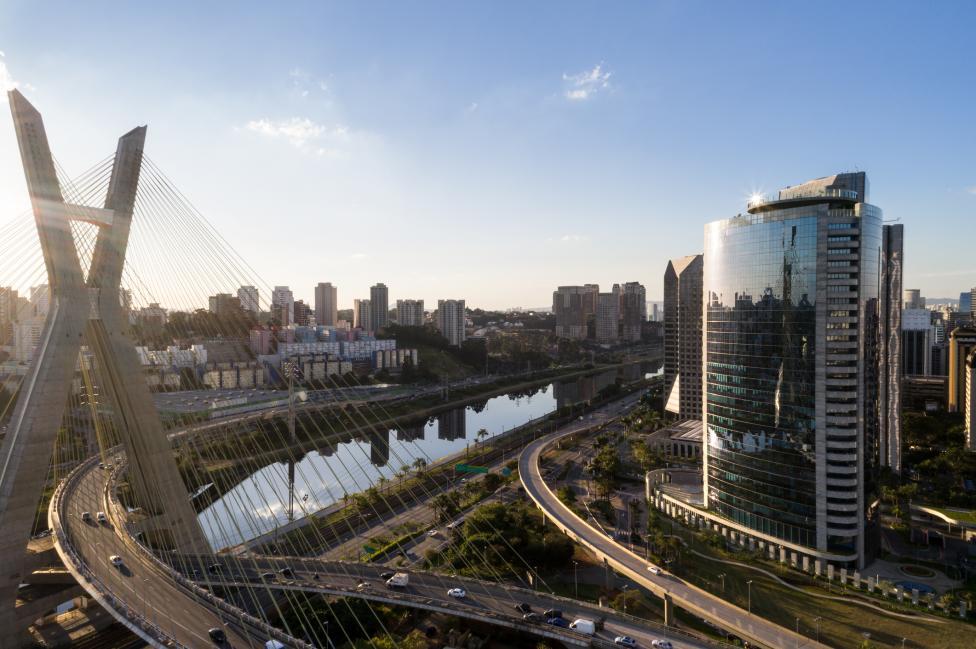 - Сао Пауло е финансовата столица на Бразилия и един от 10-те най-гъсто населени градове в света. През 2015 г. той се оказва в ситуация подобна на тази...