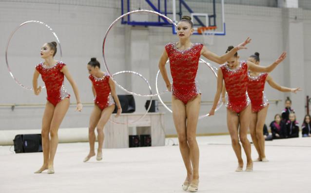 Ансамбълът по художествена гимнастика на България се появи на първото