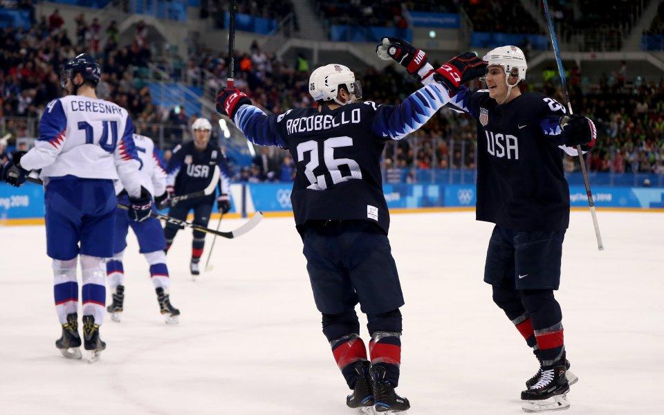 САЩ разгроми Словакия за място в хокейния топ 8 в Пьонгчанг