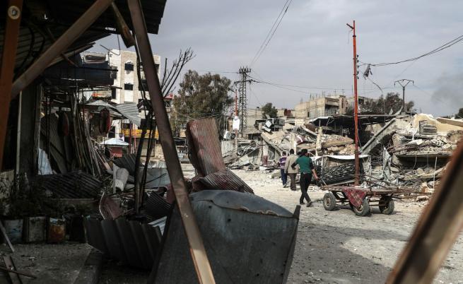 Нови удари в Сирия, Русия поиска свикване на СС