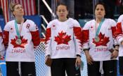 Жослин Ларок с екипа на Канада<strong> източник: Gulliver/GettyImages</strong>