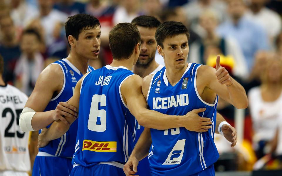 Исландия победи Финландия и завърза групата на България