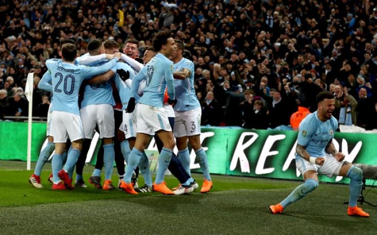 Манчестър Сити на 4 победи от титлата