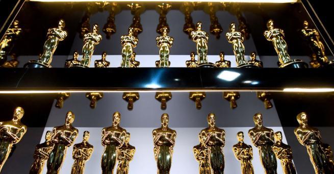 """""""Формата на водата""""беше обявен занай-добрият филмна тазгодишните """"Оскар""""-и. """"Посвещавам наградата"""