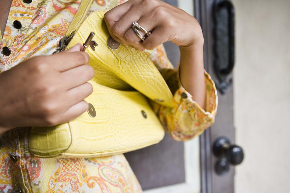 жена чанта стил