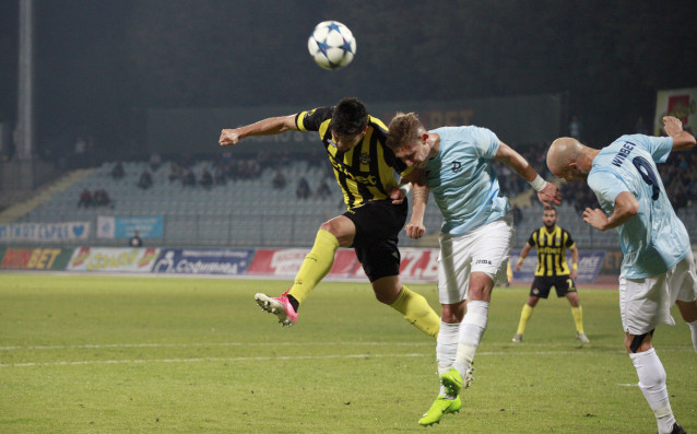Отборът на Ботев посреща Дунав Русе в последен мач за