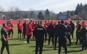 Белчев посочи червените за дербито с Левски